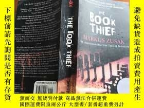 二手書博民逛書店The罕見Book Thief(《偷書賊》英文版)Y168754 Markus Zusak Alfred A.