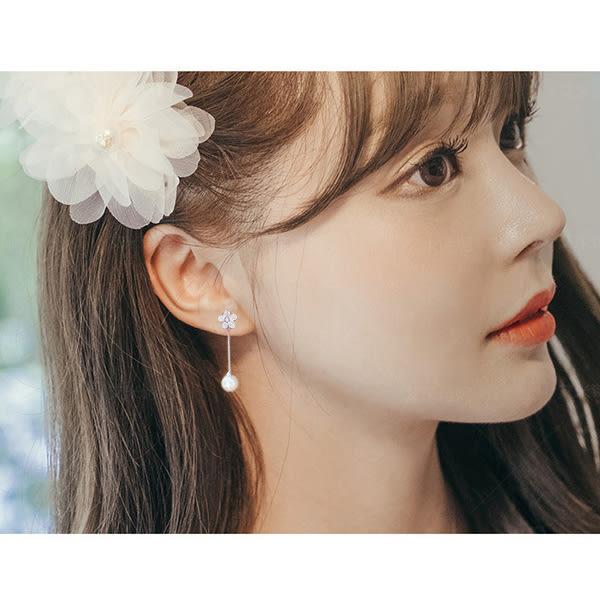 耳環 韓國新款氣質珍珠百搭水鑽花朵長款垂墜式耳環【1DDE0634】