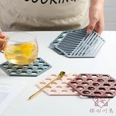 5個裝 北歐餐桌墊隔熱墊防燙餐墊盤子墊家用簡約【櫻田川島】