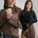 MIUSTAR 反褶袖釦造型坑條上衣(共...