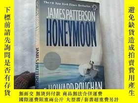 二手書博民逛書店Honeymoon罕見32開【內頁乾淨】Y10893 James