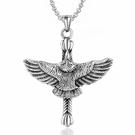《 QBOX 》FASHION 飾品【CSP807】精緻個性歐美復古十字架老鷹鑄造鈦鋼墬子項鍊/掛飾