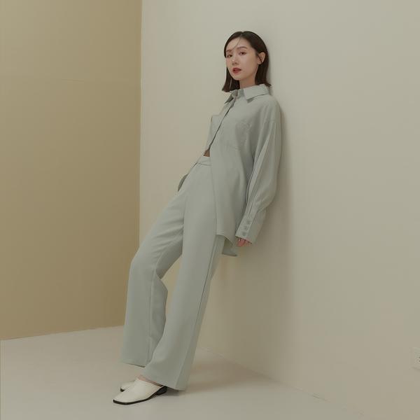Queen Shop【04030318】後開衩設計直筒西裝褲 四色售*現+預*