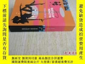 二手書博民逛書店法文原版罕見Blonde attitudeY7215 Sykes Plum Pocket ISBN:97827