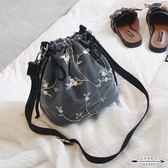 水桶包 上新蕾絲包女包潮時尚帆布包斜背女日系ins單肩包 - 歐美韓