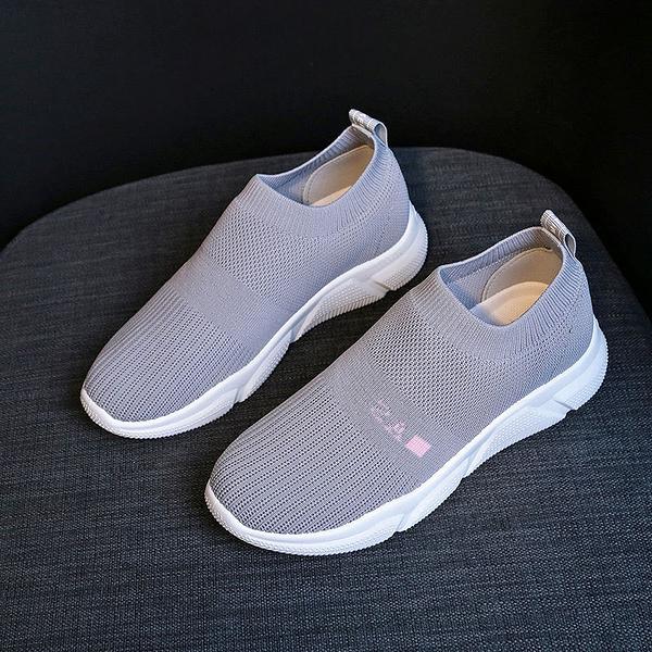 w201911trekking shoes nike