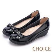 CHOiCE Q軟舒適優雅 蝴蝶結鑽飾牛皮坡跟鞋-黑色