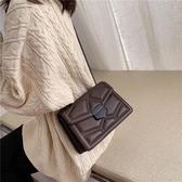 秋冬上新黑色包包女包新款潮時尚韓版百搭鍊條側背斜背小方包  伊羅鞋包