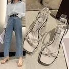 低跟鞋 粗跟夾趾涼鞋女2020新款夏季時尚百搭高跟仙女風一字帶時尚羅馬鞋
