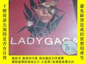 二手書博民逛書店Lady罕見Gaga: Critical Mass Fashio