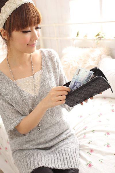 【Miyo皮夾】進口羊皮手工編織拉鍊長夾(黑)