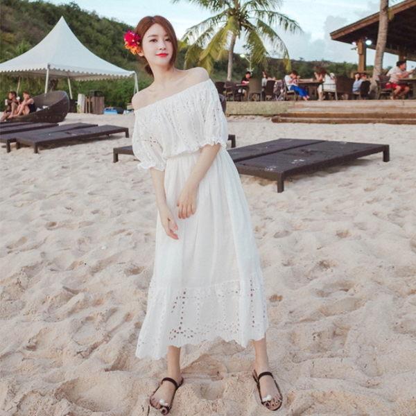 梨卡★現貨 - 女神款度假性感一字領露肩天使白連身裙連身長裙沙灘裙洋裝C6226