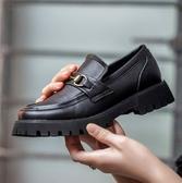 手工真皮女鞋35~40 2020英倫風百搭頭層牛皮金屬扣環中跟樂福鞋紳士鞋~黑色
