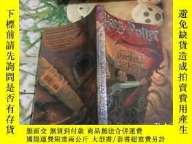 二手書博民逛書店Harry罕見Potter and the Chamber of Secrets 、品佳 原版書籍Y35280