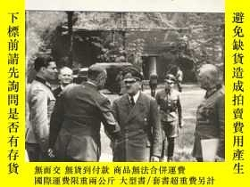 二手書博民逛書店the罕見fuhrer's headquarters:hitler' command bunkers, 首的總部: