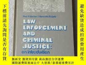 二手書博民逛書店Law罕見enforcement & criminal just