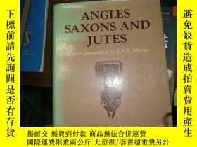 二手書博民逛書店ANGLES罕見SAXONS AND JUTESY4849 es
