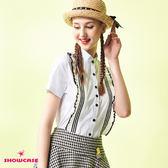 【SHOWCASE】俏麗小荷葉圓領短袖襯衫(黑/白)