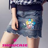 【SHOWCASE】花瓣裙襬拼接牛仔窄裙(藍)
