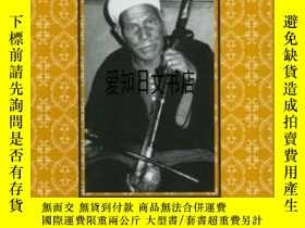 二手書博民逛書店【罕見】Heroic Poets Poetic Heroes: The Ethnography Of Perfor