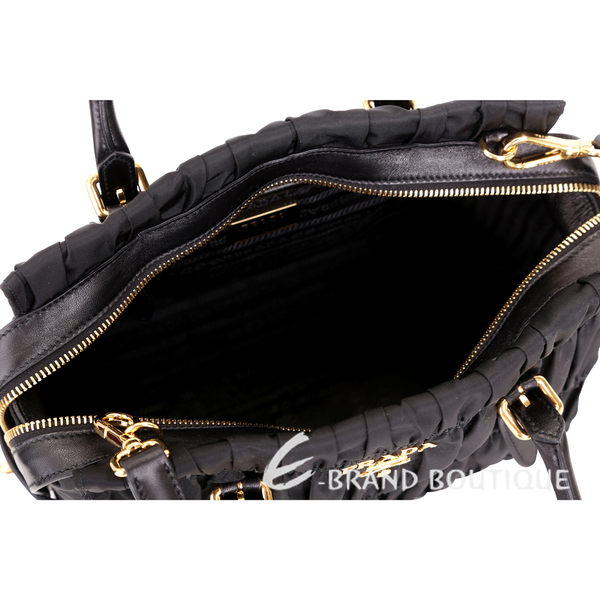 PRADA Gaufre 尼龍皺摺兩用提包(黑色) 1720065-01