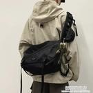工裝包側背包男士潮牌日系ins潮挎包學生大容量休閑背包女單肩包 極簡雜貨
