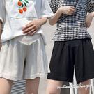 孕婦裝 MIMI別走【P61814】舒適超百搭 透氣棉麻寬褲 孕婦短褲 托腹褲