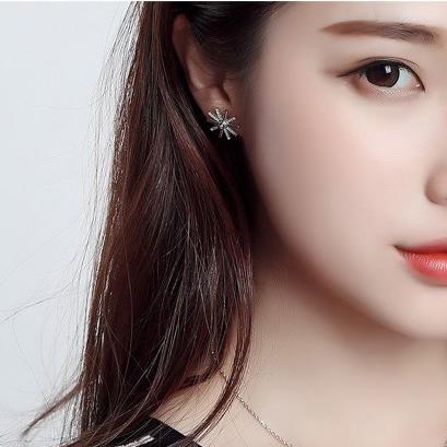 太陽的後裔 太陽水鑽耳環 韓劇 宋慧喬 雪花造型 鑲鑽項鍊 同款 現貨 哪裡買 水鑽 韓國 4090
