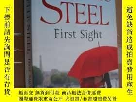 二手書博民逛書店Danielle罕見Steel:first sight 英文原版