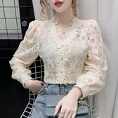 現貨寄出 韓版溫柔風蕾絲上衣女秋季新款氣質鏤空V領百搭長袖打底襯衫