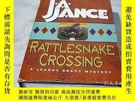 二手書博民逛書店RATTLESNAKE罕見CROSSING 響尾蛇穿越Y2493