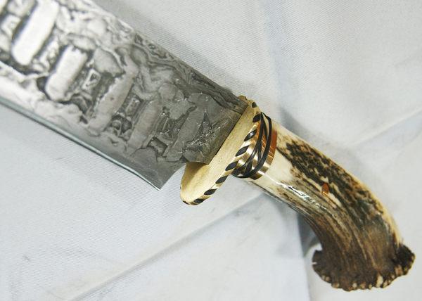 郭常喜與興達刀鋪-鹿角藝術獵刀(A0289)手工銅護手+鹿角柄