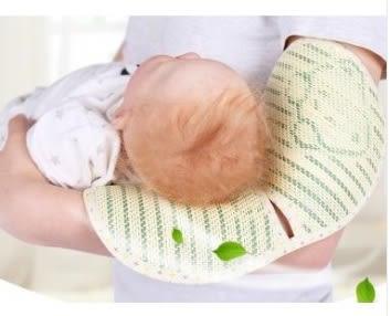 預購-沐童 嬰兒手臂蓆子冰涼絲亞麻草哺乳臂席 寶寶手臂涼蓆夏喂奶必備