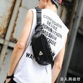 2019新款韓版男士小背包 潮流皮質小胸包 時尚街頭便攜側背小包 FF1866【男人與流行】