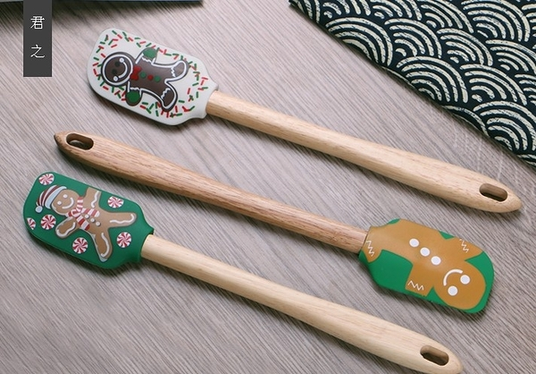 【協貿國際】家用耐高溫矽膠木柄抹刀(單個價)