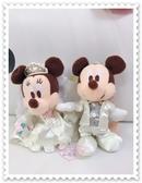♥小花花日本精品♥《Disney》迪士尼 米奇米妮 結婚造型 婚禮造型 娃娃 布偶 小玩偶 吊偶 50047406