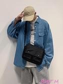 尼龍包包包2021新款牛津尼龍情侶男郵差側背斜背包尼龍大容量帆布包 JUST M