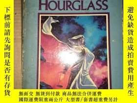 二手書博民逛書店X39罕見Bearing An Hourglass 外文原版Y1