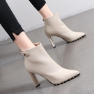 裸靴 鉚釘短靴女2020年秋冬季新款百搭高跟鞋女網紅瘦瘦靴尖頭性感粗跟 降價兩天