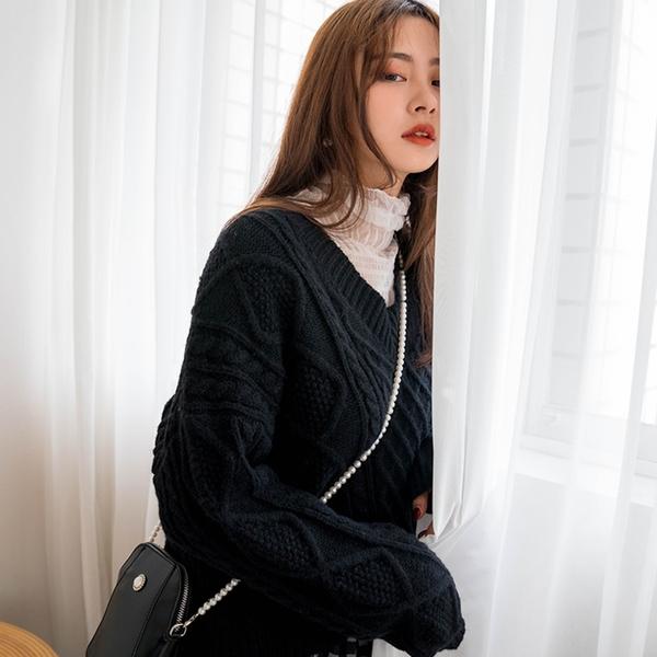 現貨-MIUSTAR V領立體麻花短版毛衣(共3色)【NH3040】預購