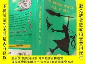 二手書博民逛書店THE罕見WORST WITCH ALL AT SEA:海上最壞的女巫 -Y200392