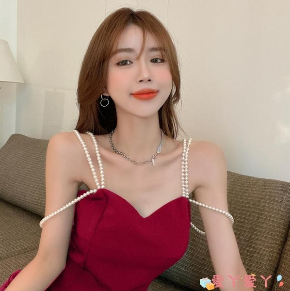 吊帶洋裝純欲性感珍珠吊帶收腰顯瘦法式氣質連身裙女裝2021年夏季新款裙子 愛丫