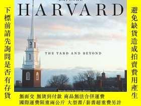 二手書博民逛書店Explore罕見Harvard: The Yard and B