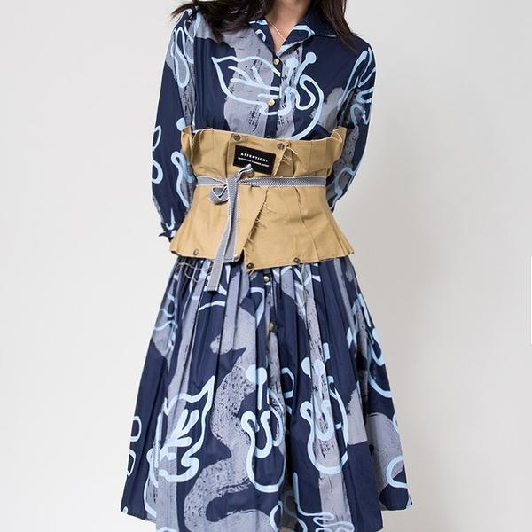 WHO CARES x Daniel Wong。演繹系列襯衫洋裝(藍)