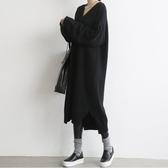 漂亮小媽咪 韓系洋裝 【D1086】 V領 長袖 針織毛衣 針織衫 長版毛衣 針織長裙 孕婦洋裝 孕婦裝