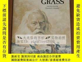 二手書博民逛書店LEAVES罕見OF GRASS(草葉集)Y163749 WAL