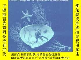 二手書博民逛書店Beneath罕見The Surface: Critical E