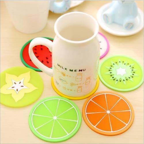 [24hr-快速出貨]  繽紛果凍色水果造型杯墊 矽膠 隔熱墊 杯墊 茶杯墊 廚房 辦公室 書桌