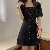 韓版收腰顯瘦方領短袖小黑裙洋氣百搭簡約洋裝女潮 三角衣櫃