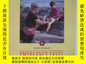 二手書博民逛書店FIRST罕見AID FIRST ON THE SCENEY12014 ST. JOHN AMBULANCE